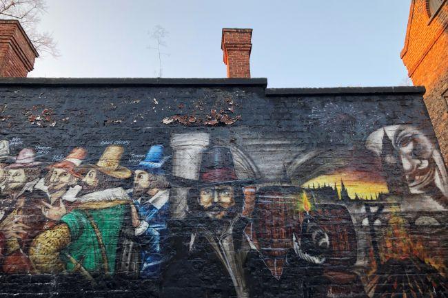 Guy_Fawkes_Inn_wall_painting