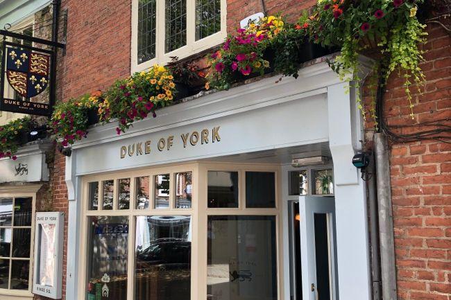 Duke_of_York_pub_front
